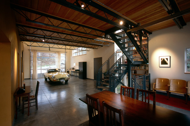 attic bedroom decorating pictures - 20 Industrial Garage Designs To Get Inspired