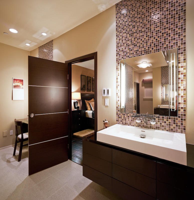 40 Of The Best Modern Small Bathroom Design Ideas on Modern Small Bathrooms  id=66112