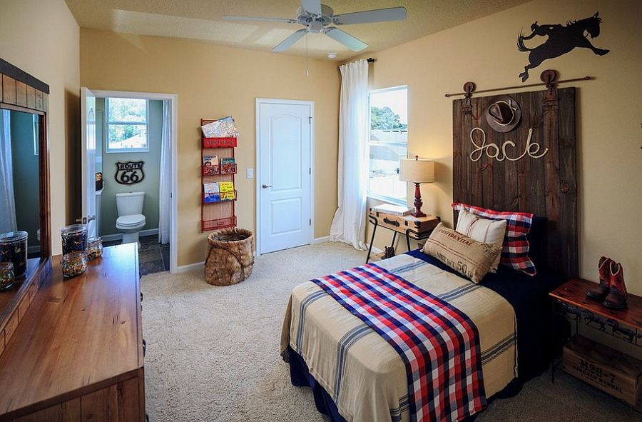Kids' bedroom with rustic style