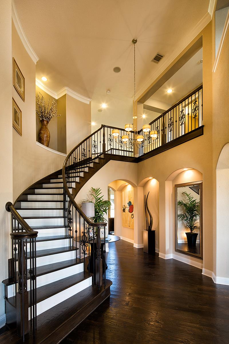 Home Foyers : Luxury foyer decorating and design ideas