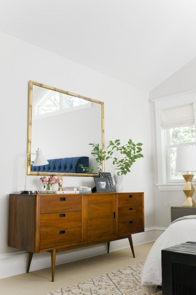 The simplicity of modern midcentury bedroom explained Century bedroom furniture