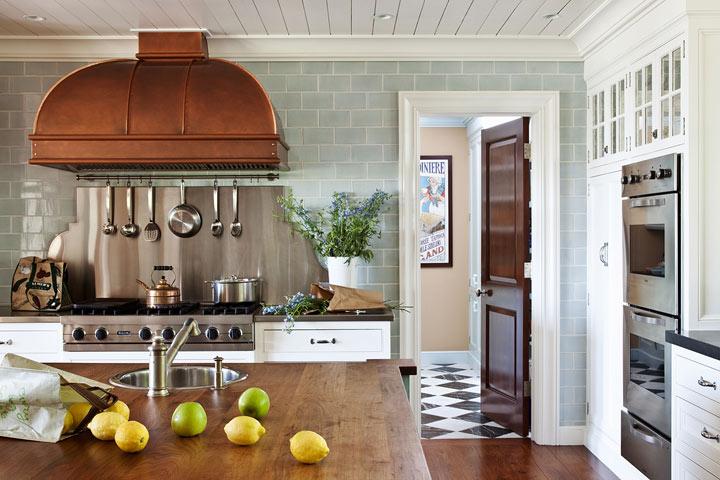 Mini-Bar-Kitchen-in-Eclectic-Kitchen-Design