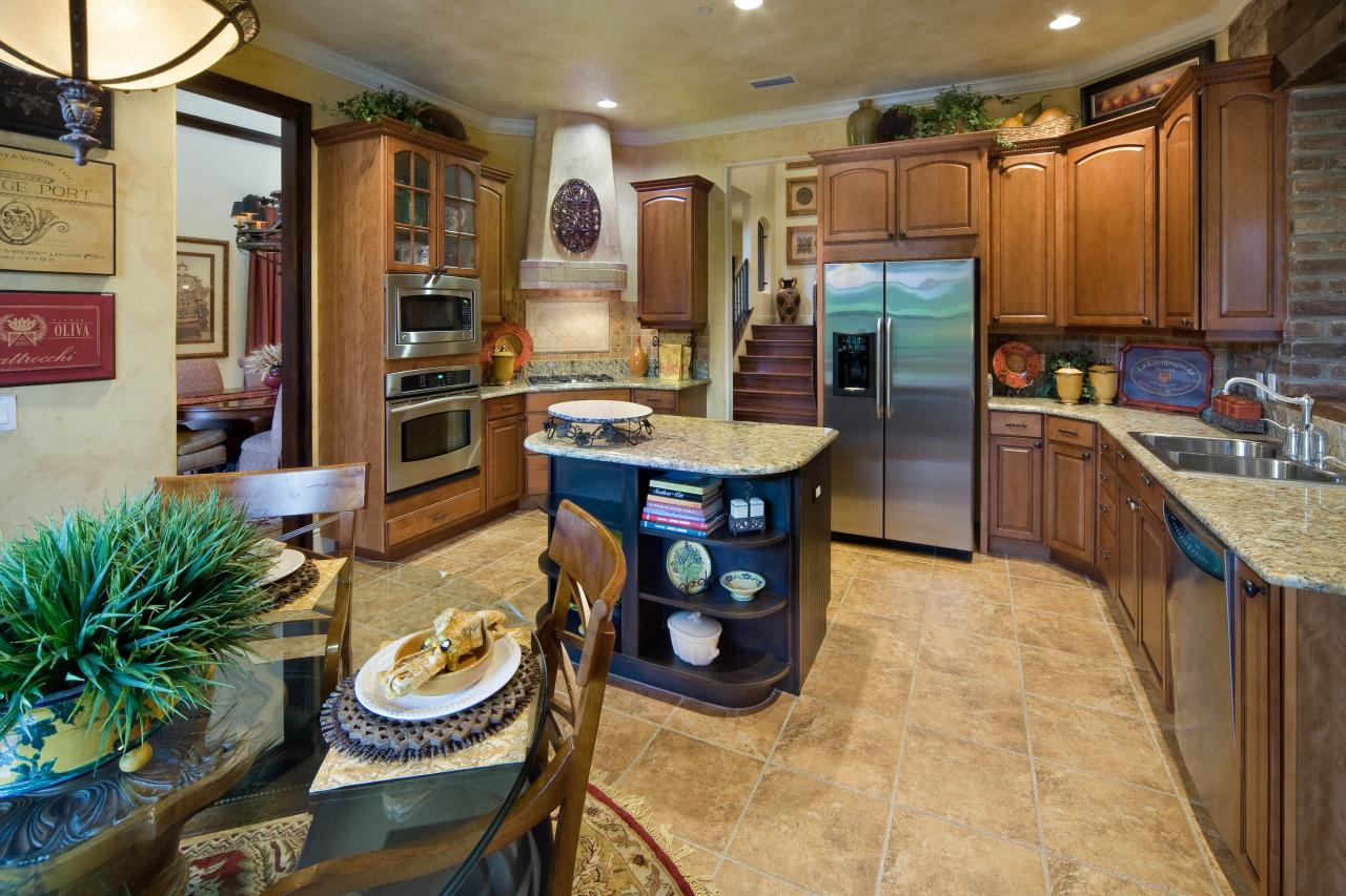 Mixed-Color Mediterranean Kitchen