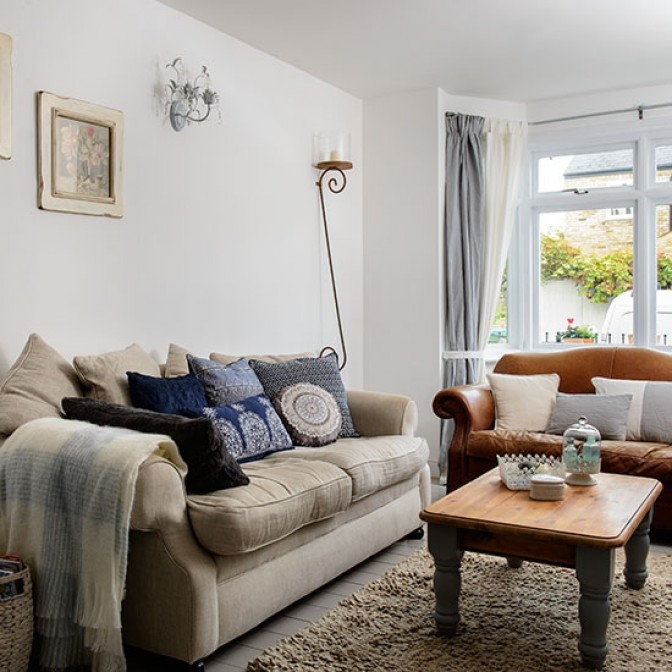 Neutral cosy living room