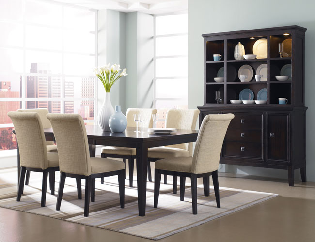 25 sleek and cool contemporary dining tables for Contemporary dining room