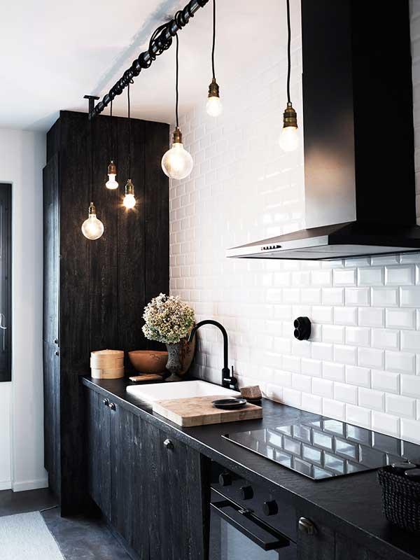 eclectic-kitchen-design-ideas-black