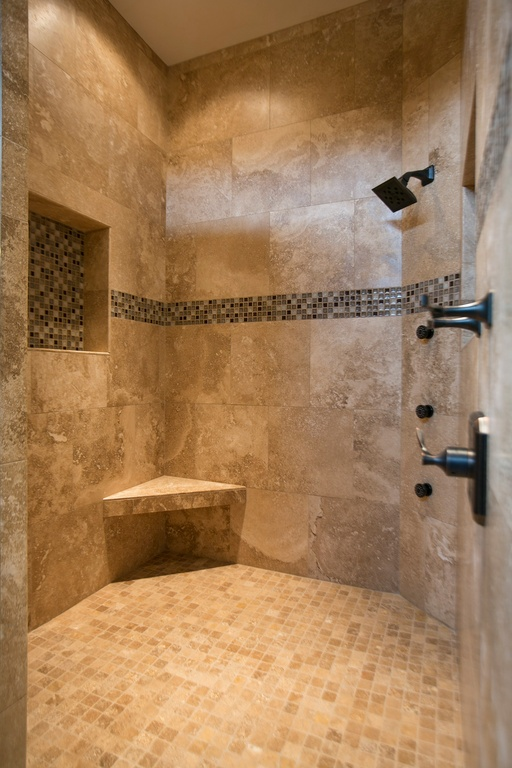 25 mediterranean bathroom designs to cheer up your space for Glass tile border bathroom ideas