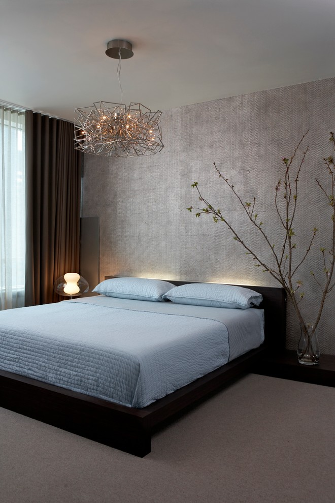 modern-platform-bed-Bedroom-Contemporary-with-accent-wall-blue-bedding