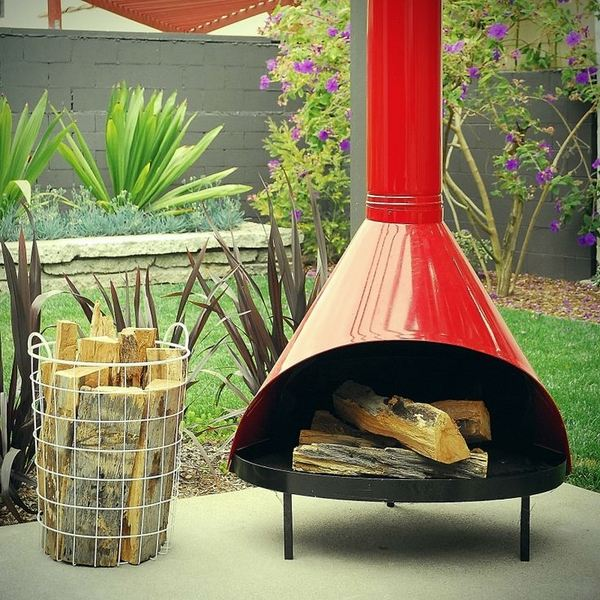 red-malm-outdoor-fireplace