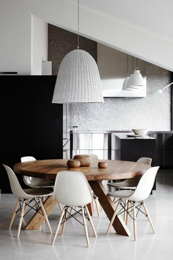 round-dining-table-swedish-design