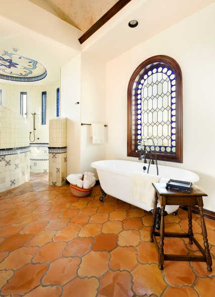spanish-mediterranean-bathroom