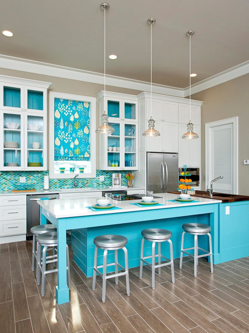 25 best beach style kitchen design ideas for Beach house kitchen plans