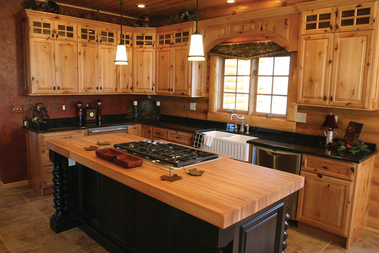 25 ideas to checkout before designing a rustic kitchen for Custom rustic homes