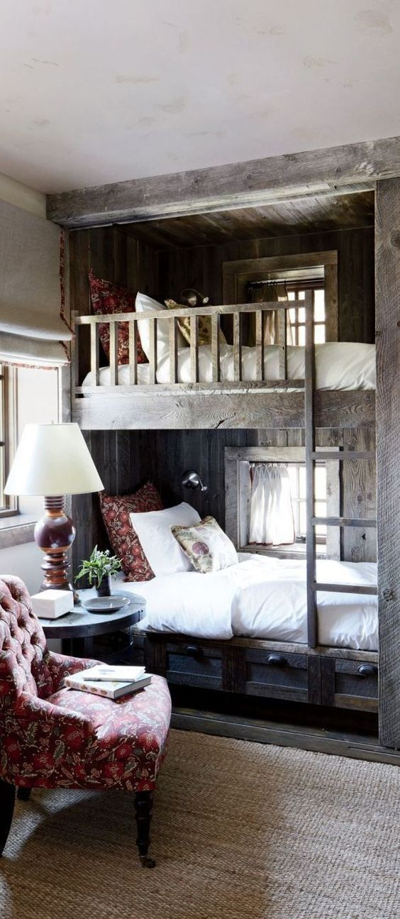 Lovely rustic bunk beds