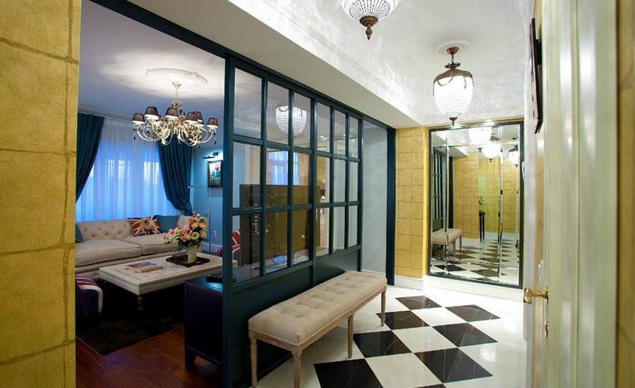 Luxurious Entryway Interior