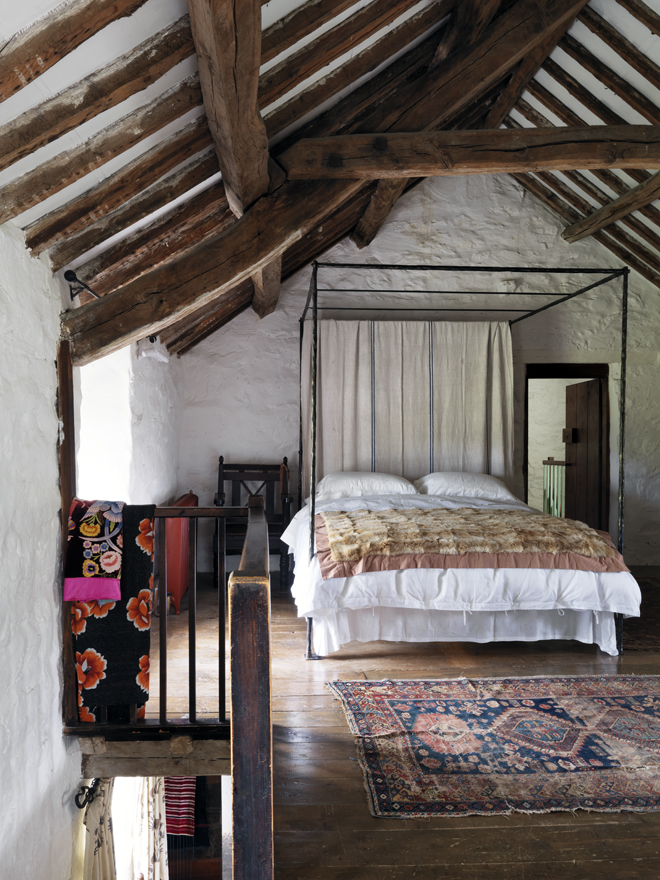 30 rustic bedroom designs to give your home country look for Minimalist country decor
