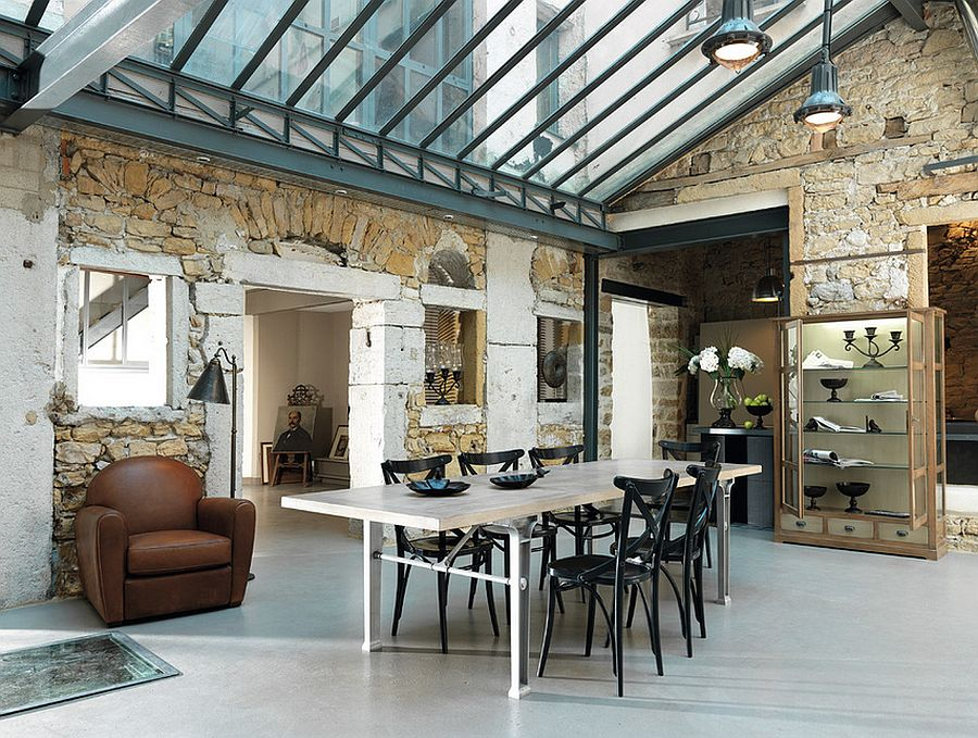 Spacious-dining-room-combines-industrial-and-farmhouse-styles-elegantly