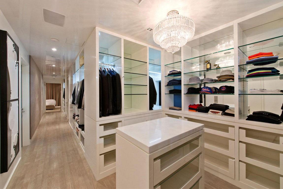 Walk-in-Closet-for-Men-Masculine-closet-design