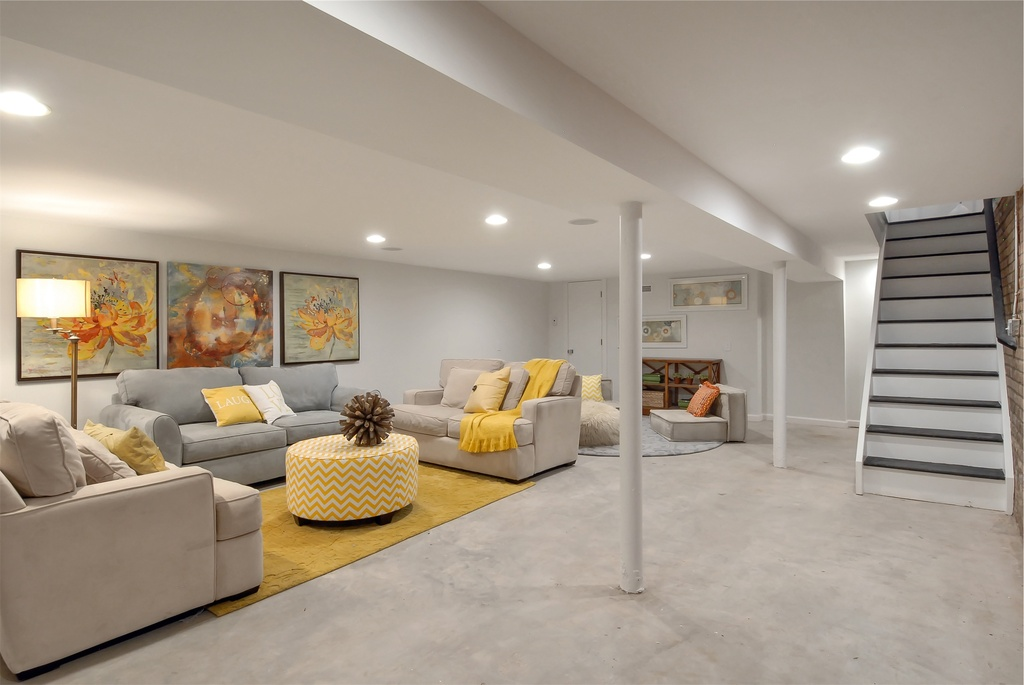 25 top modern basement design ideas for Modern basement ideas