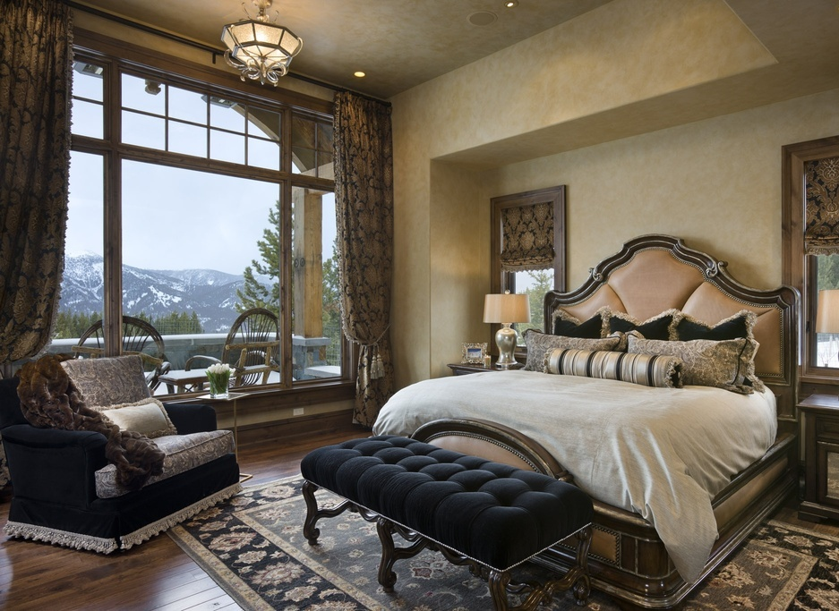mediterranean-master-bedroom-with-vaulted-ceiling
