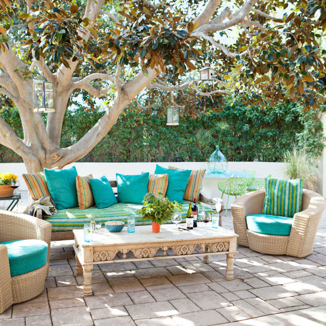 25 top beach style outdoor design ideas for Patio decorating photos