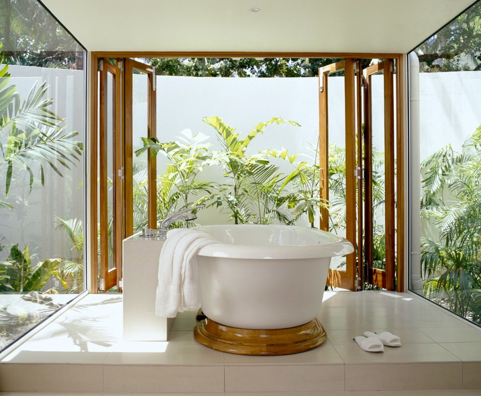 25 wonderful tropical bathroom design ideas for Bathroom decor designs