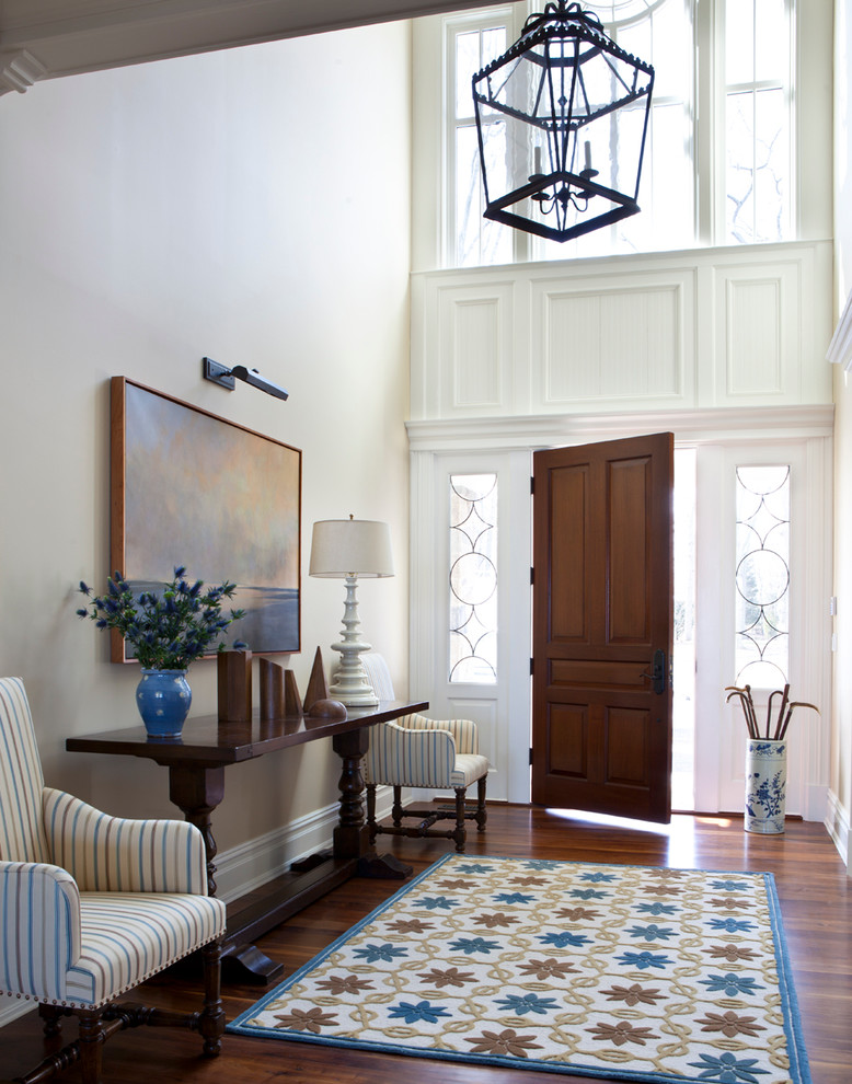 25 traditional entry design ideas for your home for Foyer traditional decorating ideas