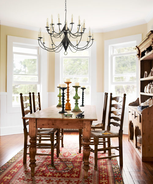Farmhouse dining room decorating ideas large and 4 simple for Best farmhouse dining rooms