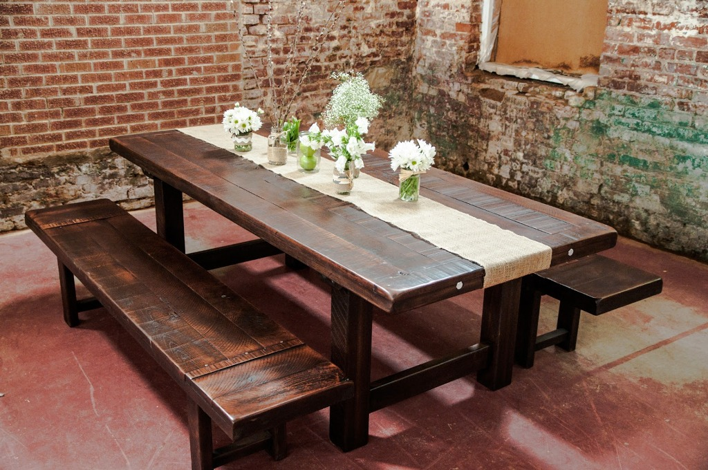 30 amazing rustic dining room design ideas for Unique dining tables