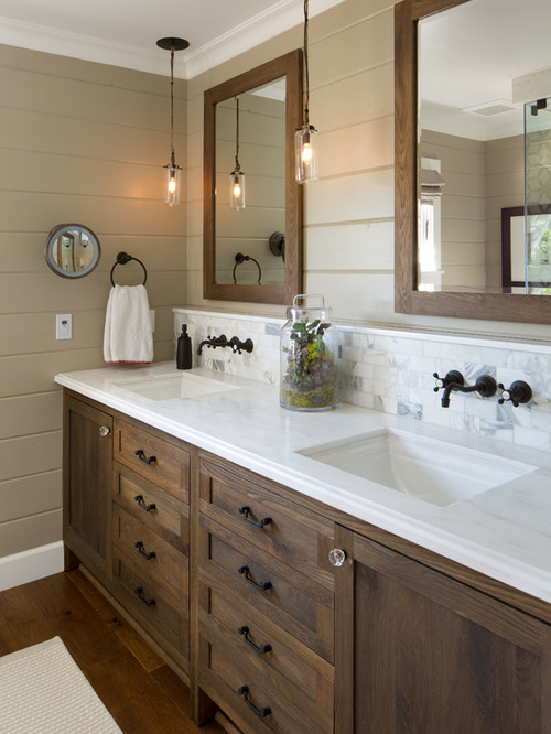 Farmhouse Bathroom Design Idea