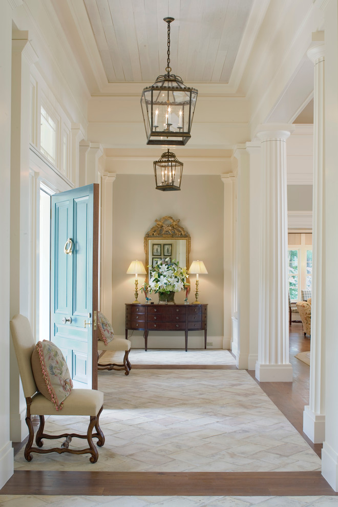 25 traditional entry design ideas for your home for Furniture for the foyer entrance