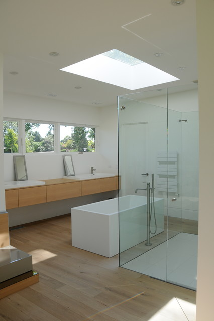 my site 15 modern bathrooms with glass showers 20 modern bathrooms