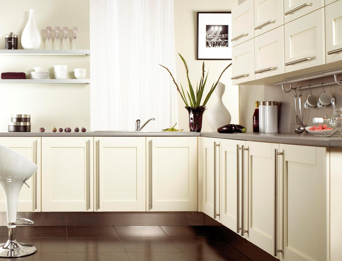 Brown Kitchens Designs Sophisticated Kitchen Style That Will Make Your Kitchen Elegant