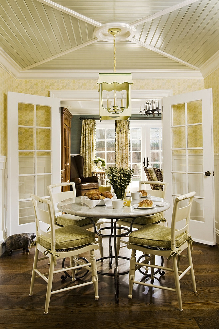 charming-greem-farmhouse-dining-room