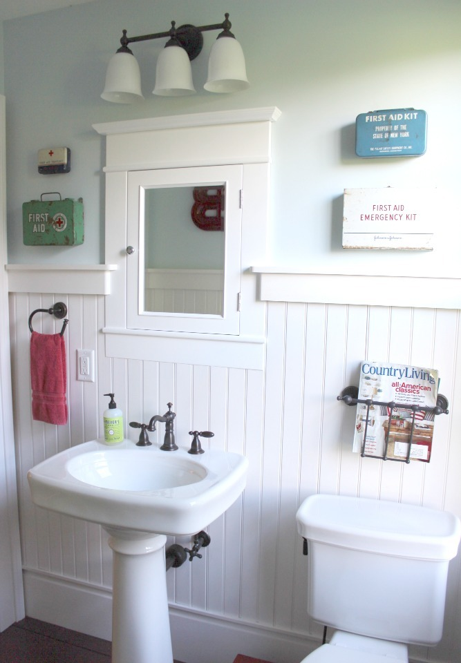 Farmhouse Style Bathroom Decor : Creating a beautiful bathroom with farmhouse design