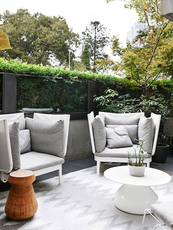23 amazing contemporary outdoor design ideas - Modern outdoor furniture for small spaces design ...