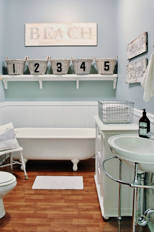 farmhouse-bathroom (5)