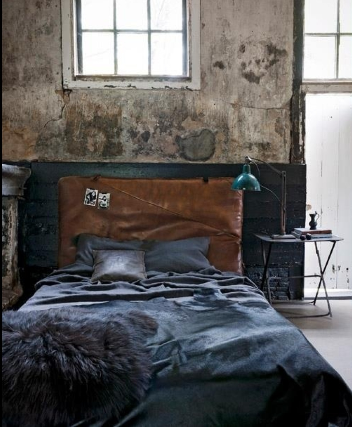 25 Best Ideas About Industrial Style On Pinterest: 25 Stylish Industrial Bedroom Design Ideas