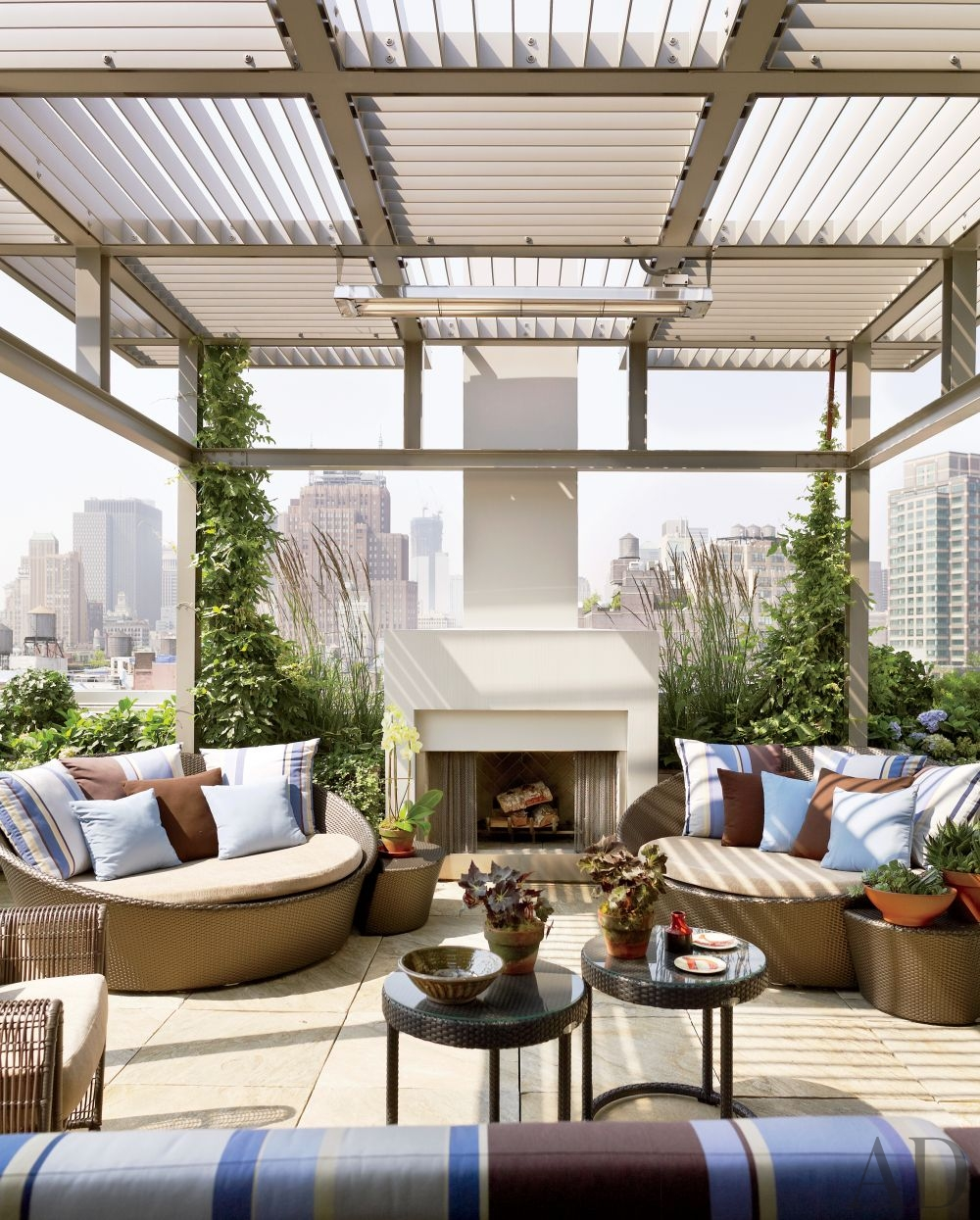 modern-outdoor-space-new-york-new-york