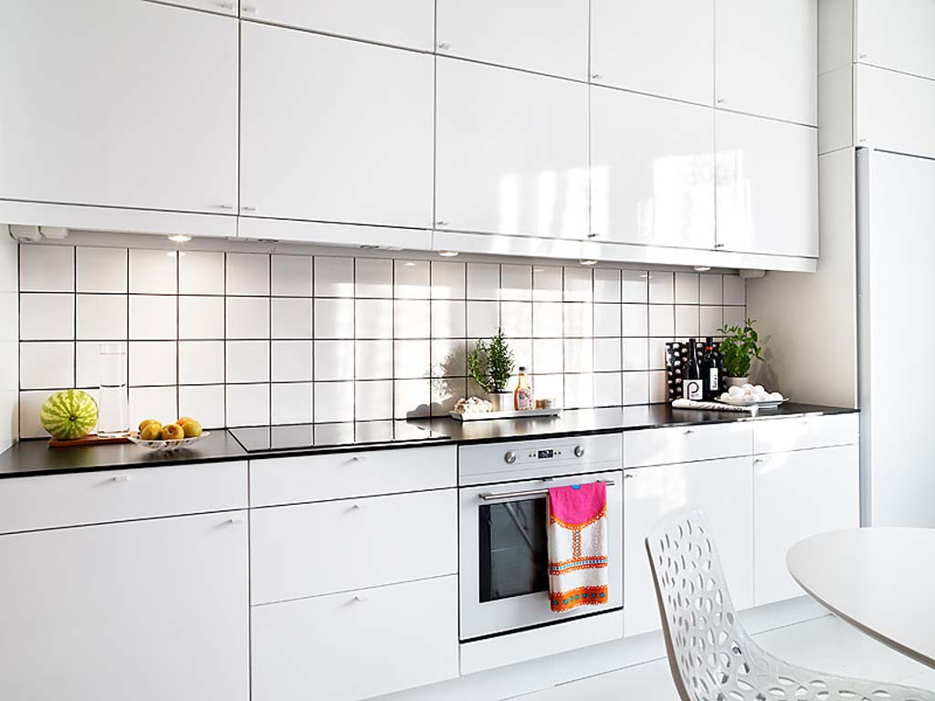25 modern small kitchen design ideas for Small white kitchen ideas