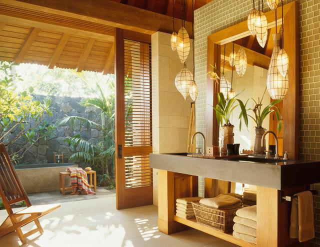 tropical-bathroom