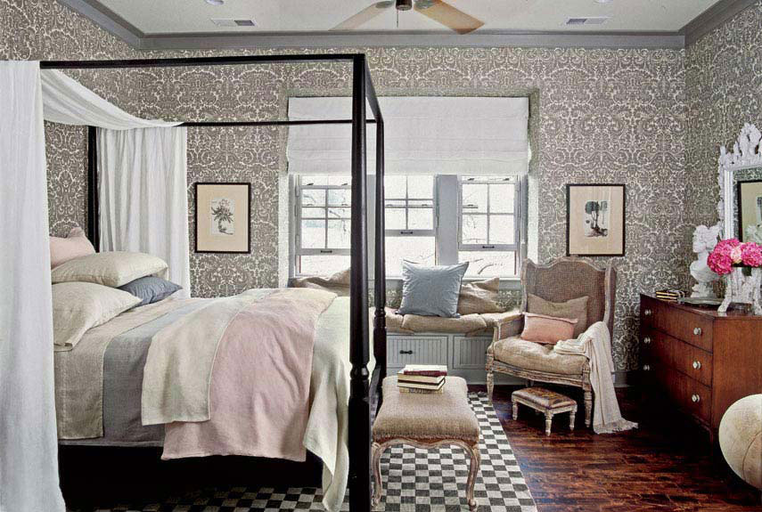 Cottage Style Cozy Bedroom