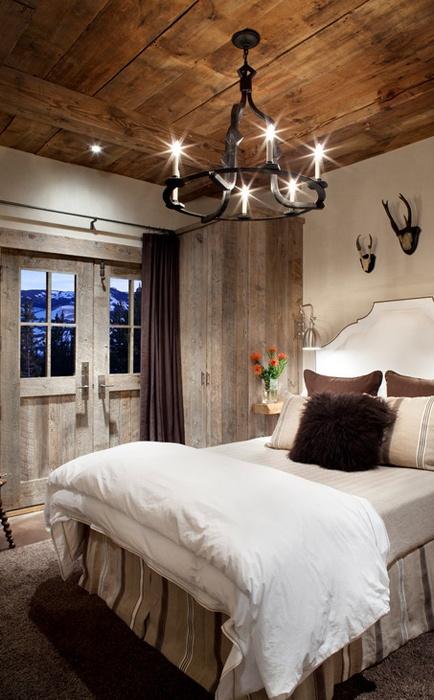 Cozy Rustic Bedroom Design