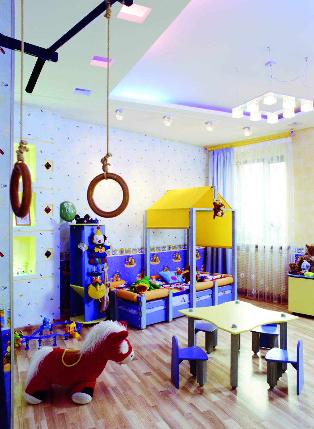 15 creative kids bedroom decorating ideas for Designer childrens bedroom ideas