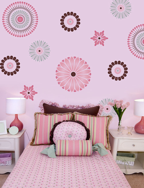 10 cute asian kids bedroom design ideas for Disney wall stencils for painting kids rooms