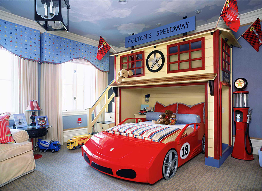 Racetrack Theme Kids Bedroom