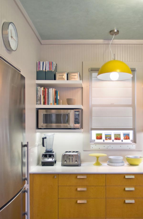 31 creative small kitchen design ideas for Tiny apartment kitchen solutions