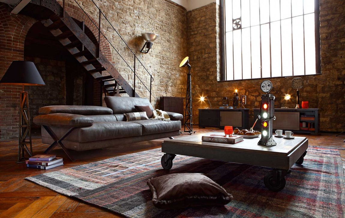 Living Room With Exposed Brick Wall (21)