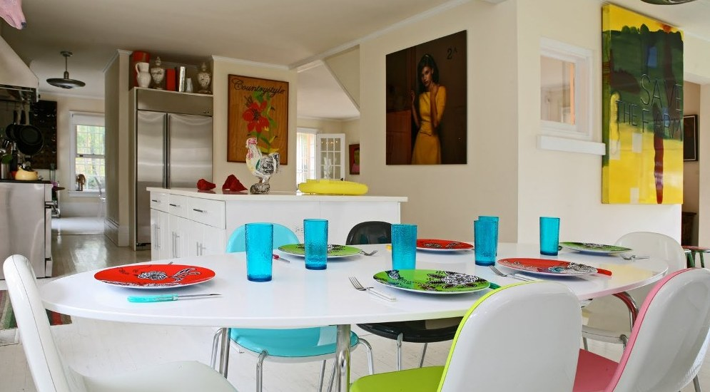 Stunning Colorful Dining Room (16)