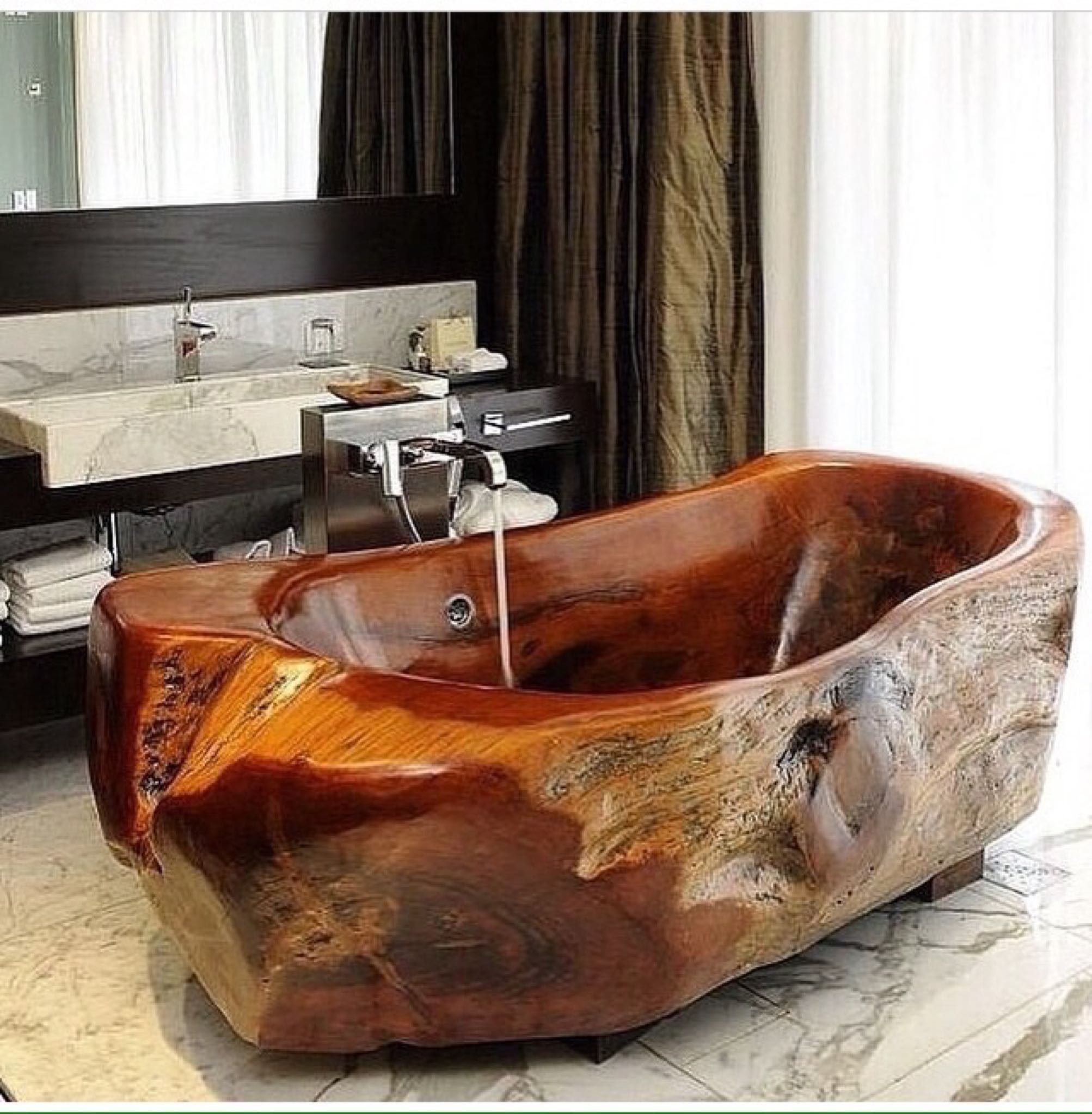 Amazing Bathrooms With Wooden Bathtub (14)